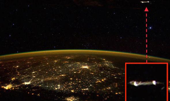 ISS-UFO-620211